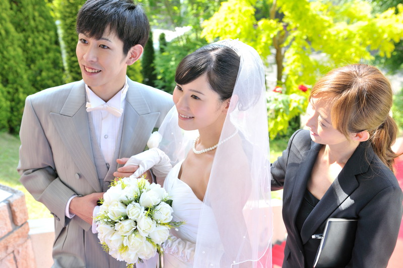 担当する婚式